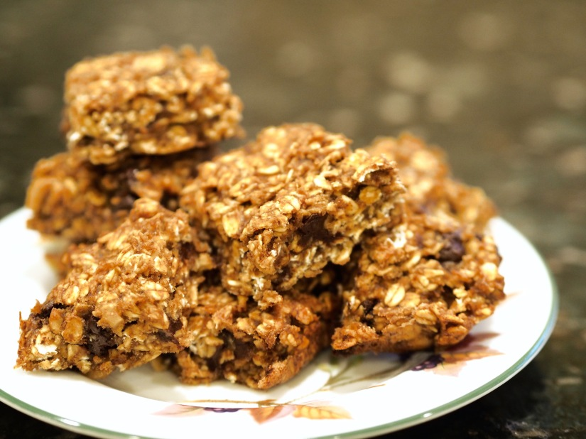 Chocolate Chip Peanut Butter Banana Oat Bars